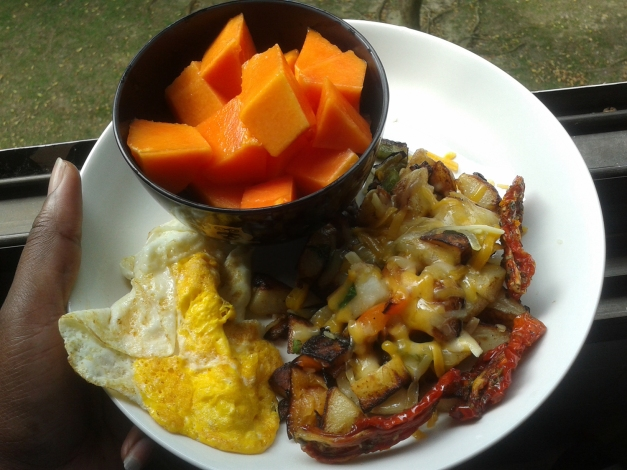 sweet pepper and potato hash, egg, papaya